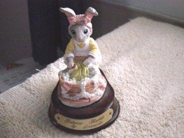 Rebecca Rabbit Washer Woman Figurine by Leonardo #300158