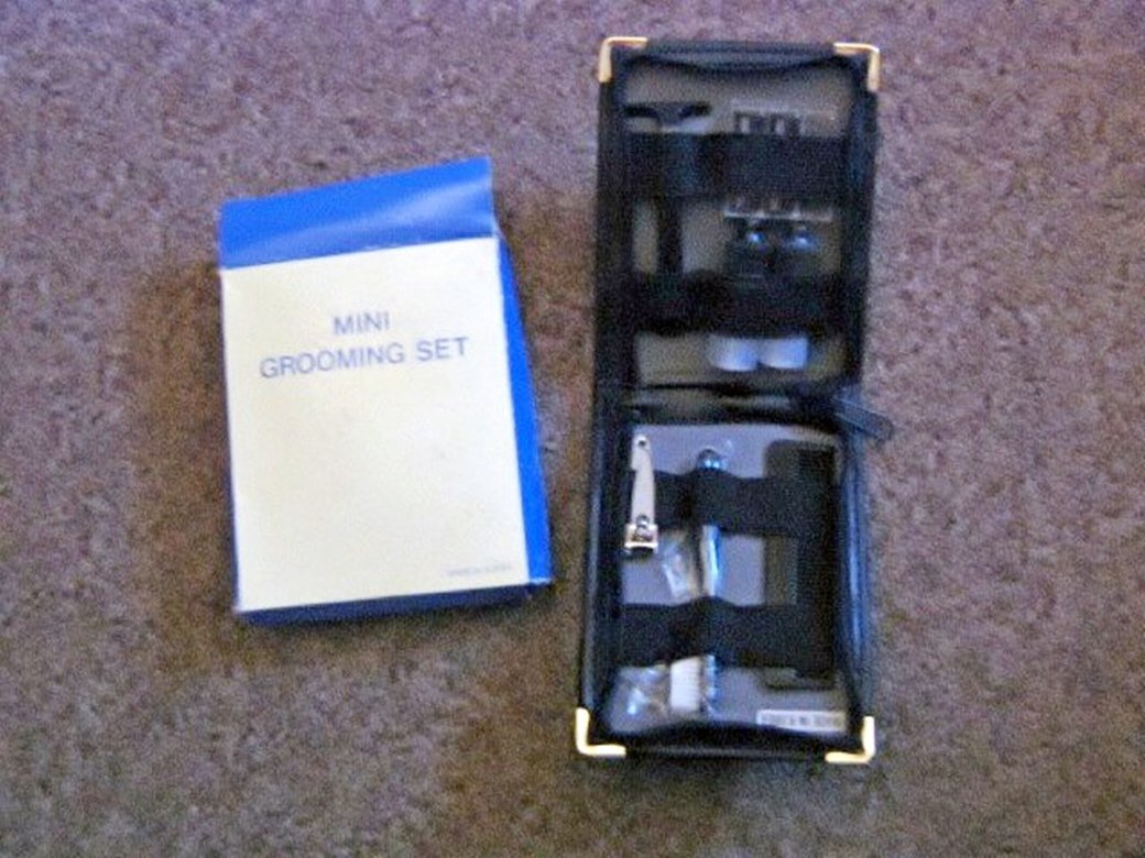 Seven (7) Piece Mini Travel Grooming Set in Case #302014