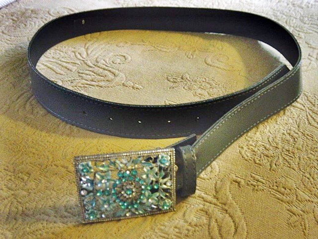 Gray Leather or Vinyl Belt with Square Silver and Turquoise Floral Buckle  #302161