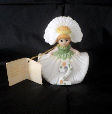 Adorable Flower Girl Daisy Daze Figurine RARE #302202