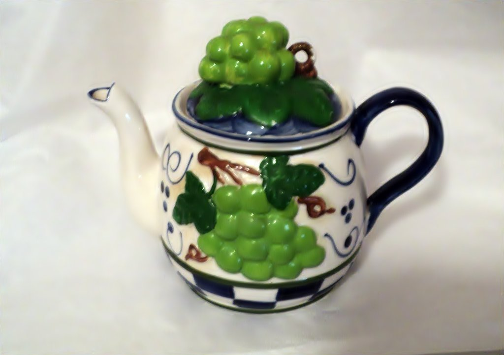 Ceramic Hand Painted Grape Theme Teapot Table China #302226