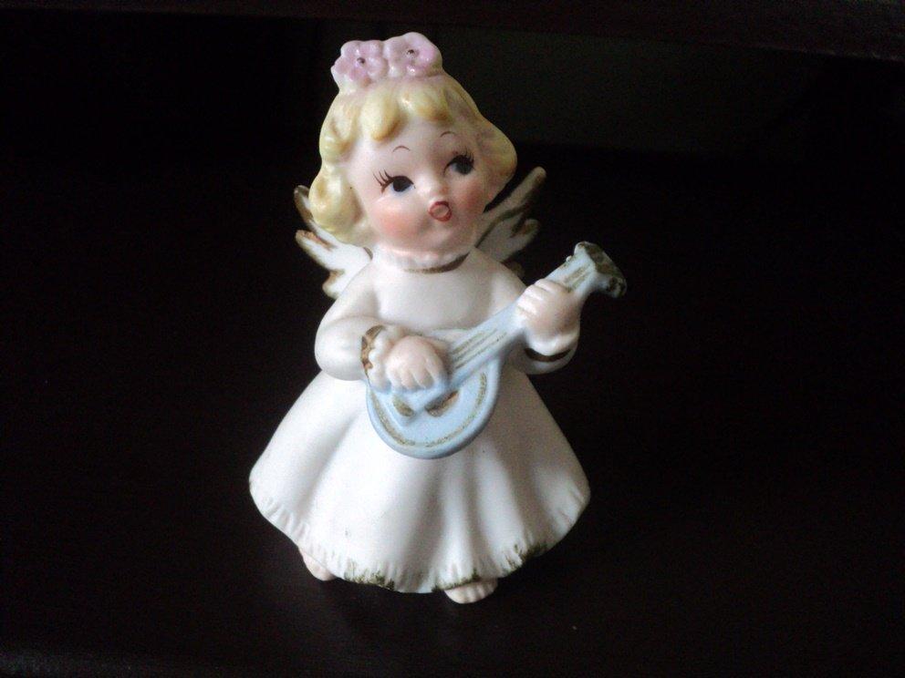 Vintage Blond Angel Girl Figurine Playing Mandolin #302232