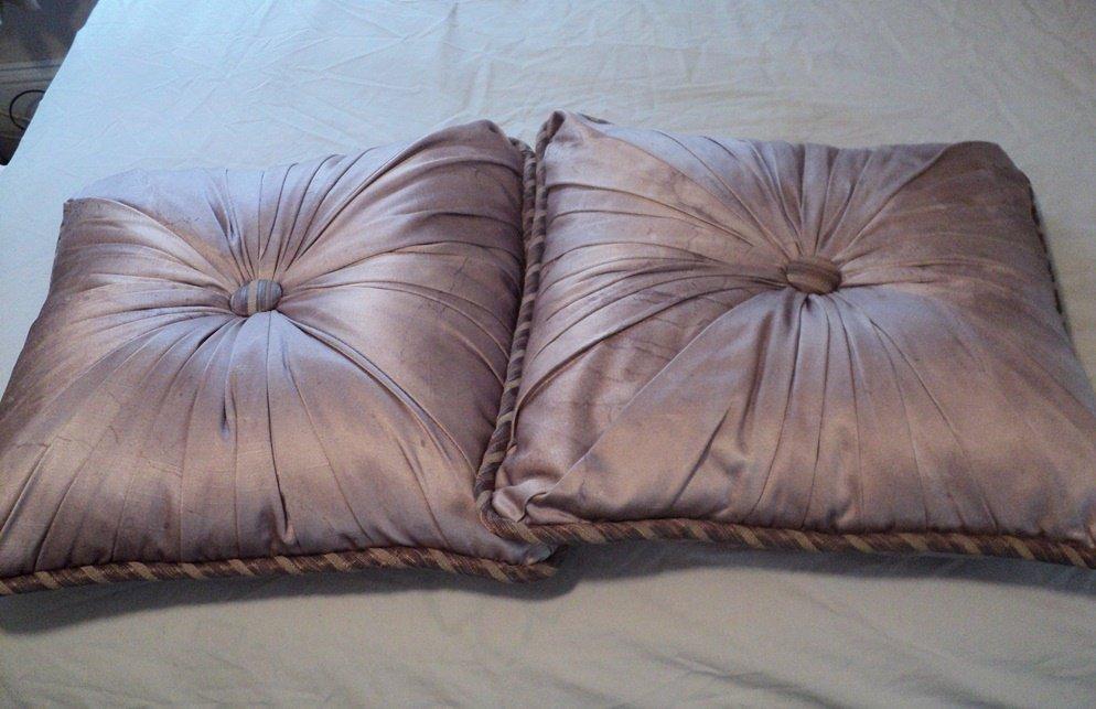 Light Purple Satin Throw Pillows 16 Inch Square #300672