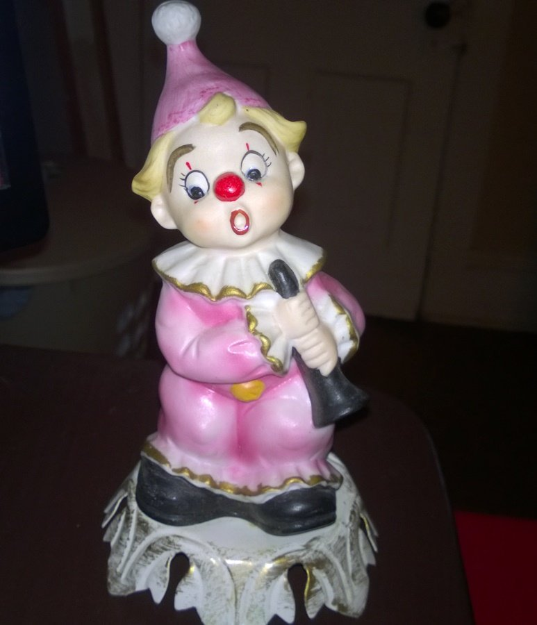Aladdin Giftware Vintage Ceramic Little Clown Lamp Night Light    #302240