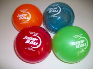 "4 Sky Jump 4"" Super Ball Comet Helium Bouncy Superballs New Toy 75 Feet"