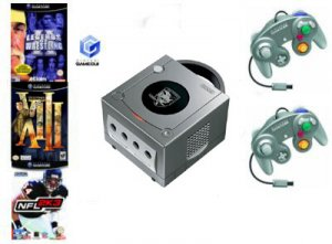 Nintendo GameCube Holiday Pack Bundle - 3 Games  2 Controllers