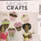 Cute as a Cupcake - Treat Bag, Apron, Wall Decoration, and More - McCalls M6052