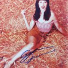 Lucy Lawless in-person autographed photo