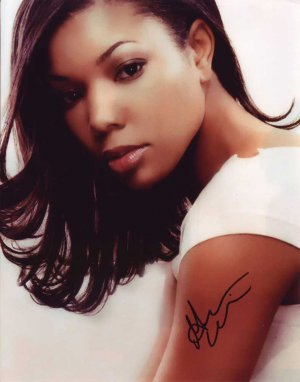Gabrielle Union in-person autographed photo