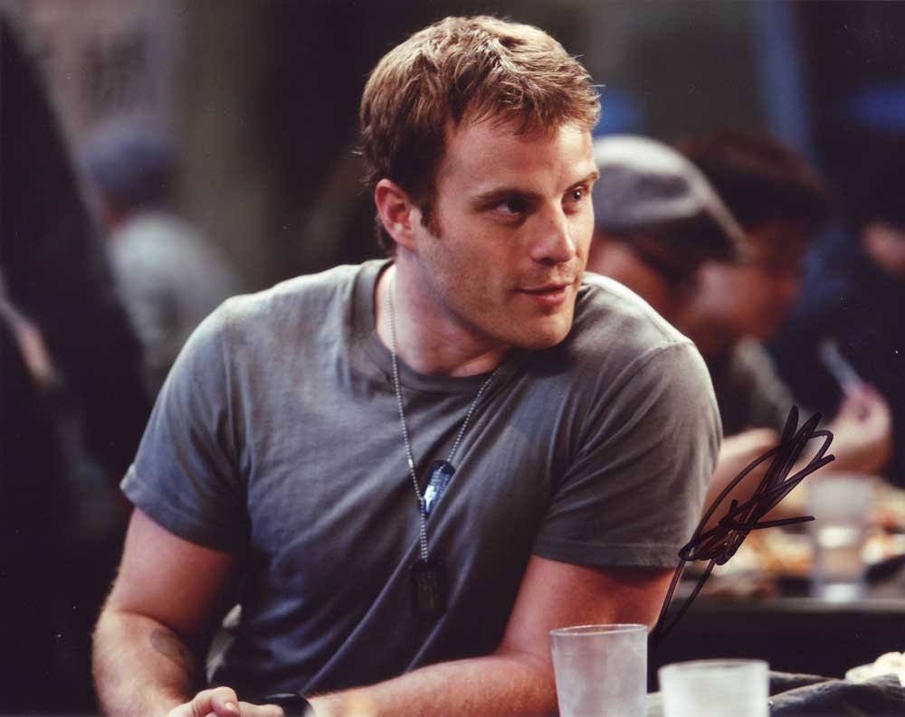 Robert Kazinsky in-person autographed photo