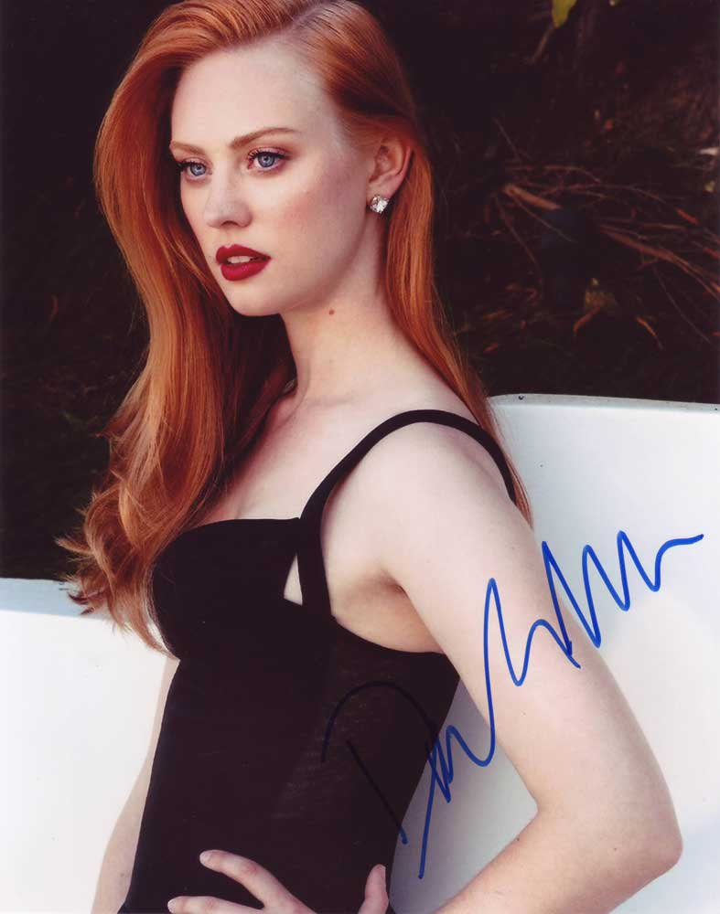 Deborah Ann Woll in-person autographed photo