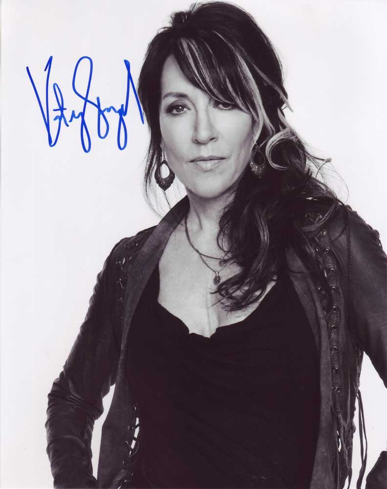 Katey Sagal in-person autographed photo