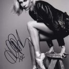 Hailey Baldwin In-person Autographed Photo