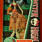 Monster High Skull Shores doll: Ghoulia Yelps Daughter of the Zombies