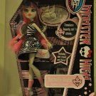 Monster High doll: Rochelle Goyle daughter of a Gargoyle w Diary and Pet Roux