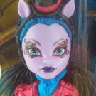Monster High Freaky Fusions Avea Trogger hybrid of a centaur and harpy doll