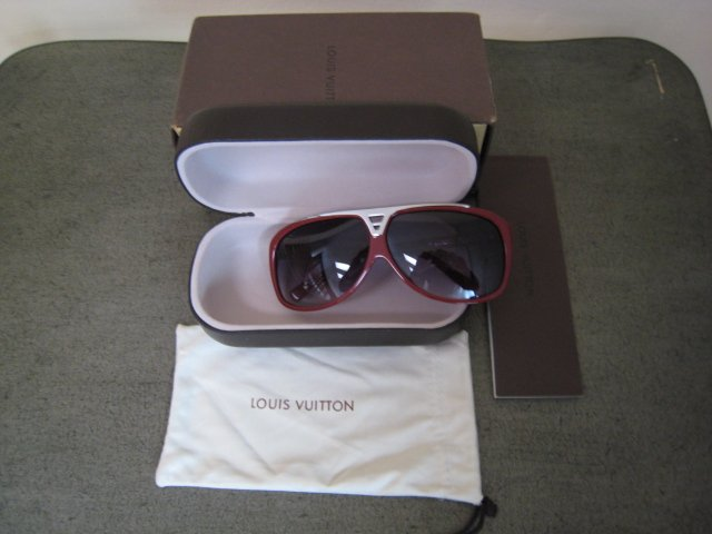 Louis Vuitton Evidence Millionare Sunglasses Rouge red
