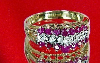 GENUINE 1.06 ctw RUBY & DIAMOND RING