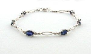 3.84CT Sapphire and 0.01CT Diamond Bracelet
