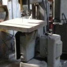 used WALKER TURNER VERTICAL METAL BANDSAW
