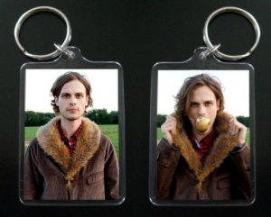 CRIMINAL MINDS Dr. Spencer Reid keychain / keyring MATTHEW GRAY GUBLER 8