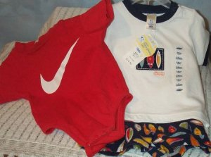 Bnwt Old Navy 2 Pc Boys Surfboard Set Sz 3-6 Months & Nike Onesie