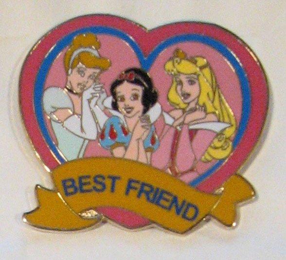 Disney Pins : Princesses Best Friend Pin