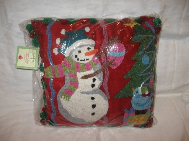 "New CHRISTMAS HOLIDAY PILLOW 18"" X 18"""