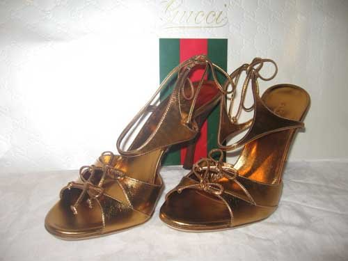 $495 New in Box  Authentic GUCCI  HEELS Shoes Sandals size 8.5 B  8 1/2 B
