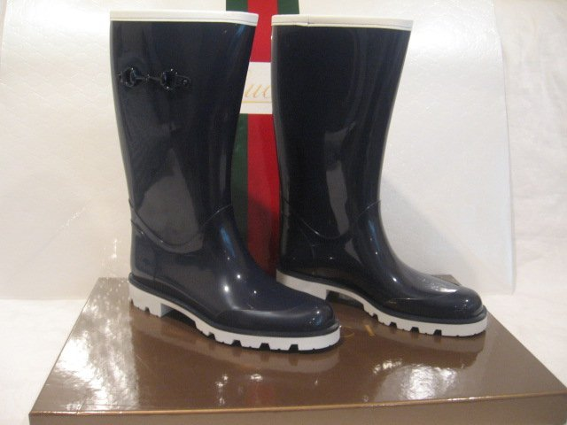 $330 New in Box  Authentic GUCCI Women RAIN BOOTS shoes size 10 / 40 G