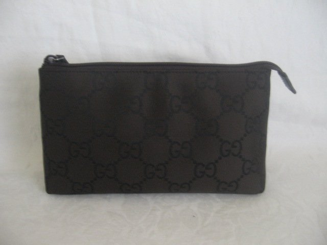 $249 NEW Authentic GUCCI BROWN COSMETIC CASE BAG GG - FREE SHIPPING
