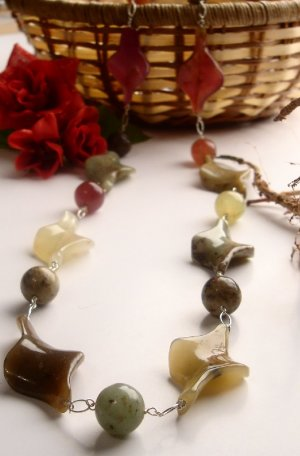 N0012 - NECKLACE WITH NATURAL  MULTICOLOR ANTIQUE JADE ( FREE EARRINGS)