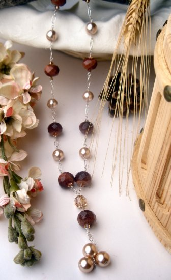 N0547 - NECKALACE  NATURAL BROWN  GOLD STONE  AND SHELL BEADS (SOLD)