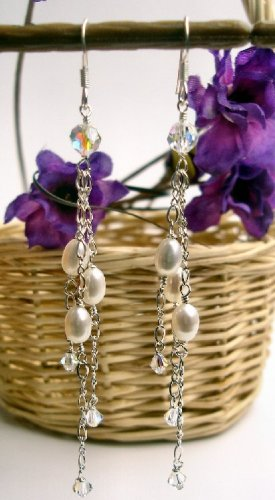 E0020 - EARRINGS WITH WHITE FRESH WATER PEARLS AND SWAROVSKI CRYSTAL (FREE SHIPPING)