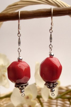 E0027 -  EARRINGS WITH AUTHENTIC RED CORAL (FREE SHIPPING)