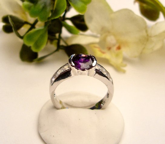 R0076 - RING WITH PURPLE AMETHYST CUBIC ZIRCONIA (FREE SHIPPING)