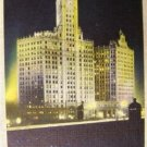 "VINTAGE ""THE WRIGLEY BUILDING @ NIGHT"" POST CARD L@@K!"