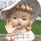 YOUNG GIRL HEAD VASE w/ WAVING HAND & HAT - MINT!