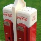 COCA-COLA VENDING MACHINE SALT & PEPPER SET & CADDY '93