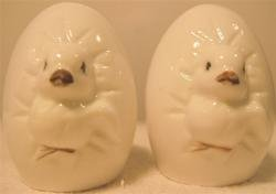 Vintage Hatching Chicks Salt & Pepper Shakers ADORABLE!