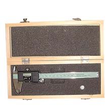 6in Digital Caliper With Wood Carrying Case