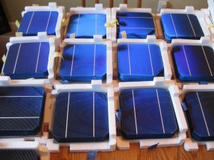 "900+ Watts Almost Whole 6""x6"" Mono Solar Cell 2.5kg"