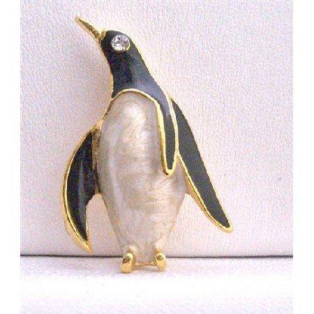 B233  Penguin Brooch Gold Plated Penguin Black & White w/ Cz Eye Brooch