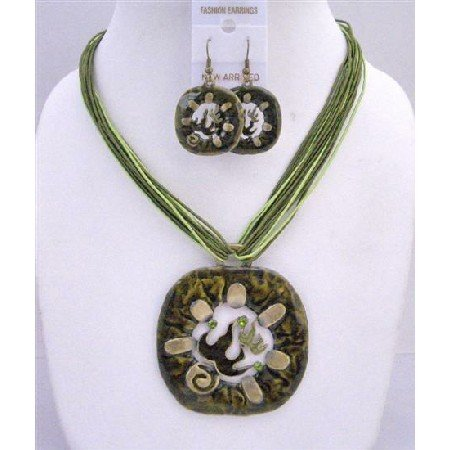 NS430  Vintage Green Enamel Round Pendant Jewelry Set