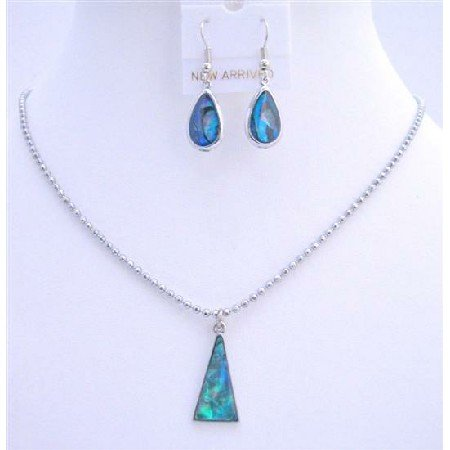 U046  Triangle Pendant Set Dyed Dark Blue Mother Shell Necklace Set