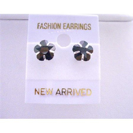 UER042  Trendy Striking Black Cubic Zircon Flower Stud Earrings