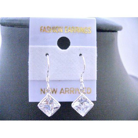 UER001  Diamond Shaped Cubic Zircon Earrings Simulated Diamond Earrings