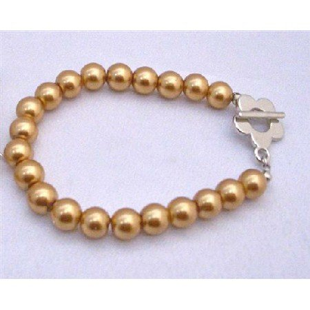 U002  Traditional Jewelry Gold Pearls Bracelet w/ Flower Toggle Clasp