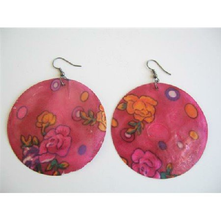 UER054  Shell Painted Earrings Round Redish Pink Shell w/ Painted Flower Earrings