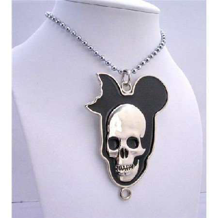 HH073  Halloween Necklace Silver Chained Necklace w/ Skull Head 30 inches Long Necklace